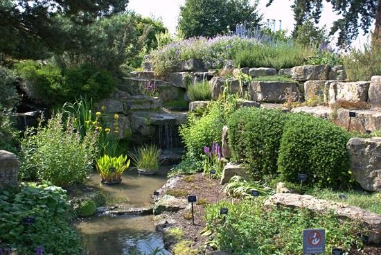 3 Kew Gardens