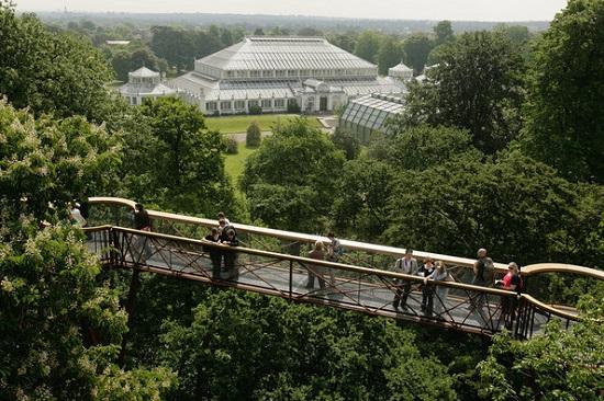 4 Kew Gardens