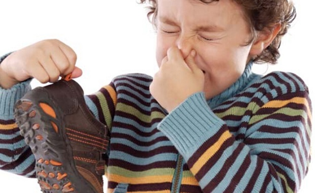 How To Get Rid Of That Nasty Shoe Odor In Your Room | Idea Digezt