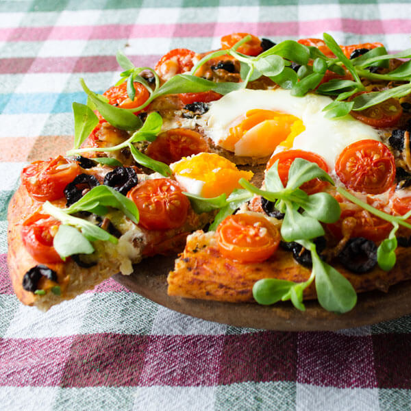 Homemade-Pizza-With-Cherry-Tomatoes