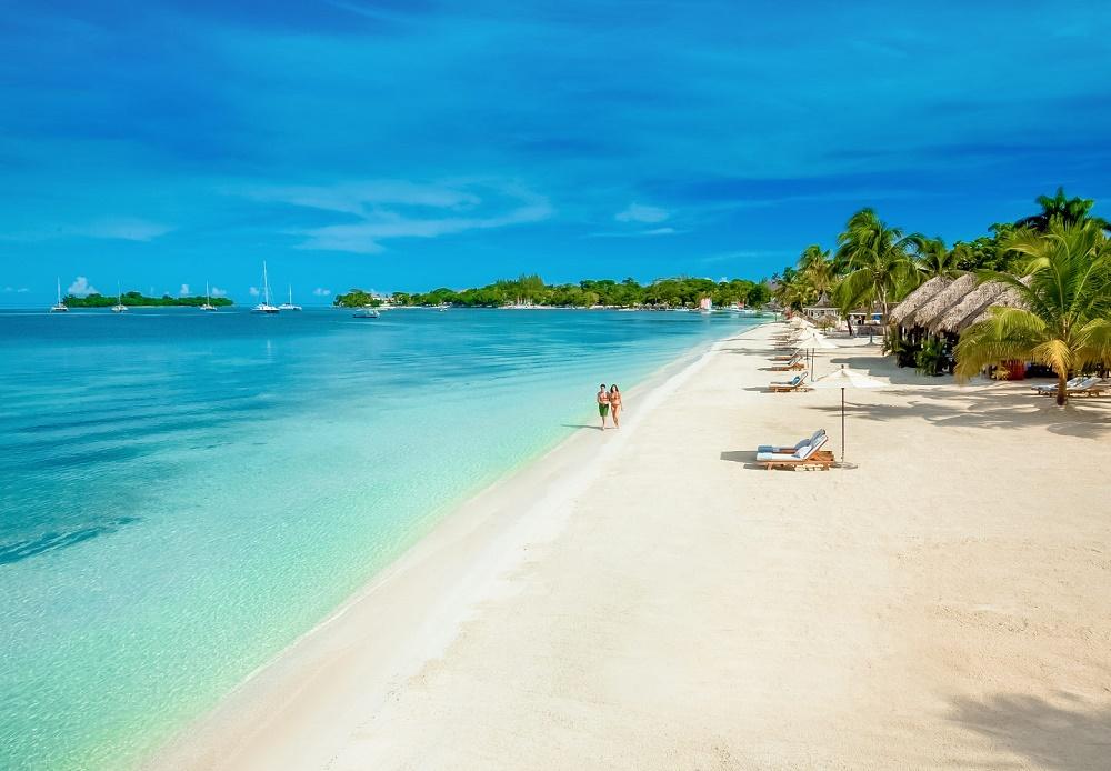 1. Seven Mile Beach, Grand Cayman